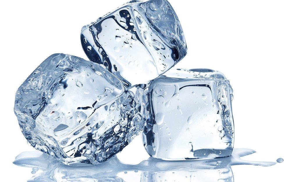 Arıtılmış suyun buz hali